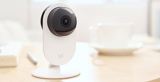 6 mẫu camera giám sát nhà cửa giá rẻ
