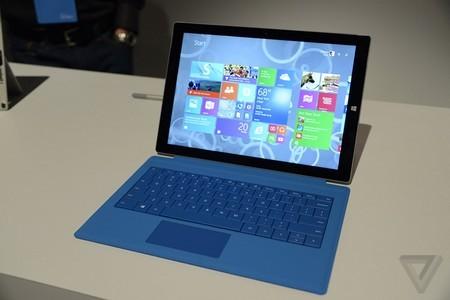 Sản phẩm có thiết kế không quá nhiều thay đổi so với thế hệ Surface Pro 2 trước đây