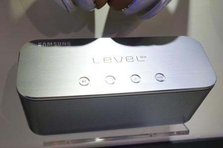 Samsung trình làng những sản phẩm hỗ trợ âm thanh cao cấp cho di động