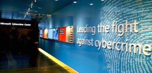 Bên trong trung tâm Cybercrime Center của Microsoft