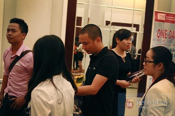 Nguyễn Hà Đông trở thành tâm điểm chú ý với phần trả lời 'siêu ngắn - siêu cá tính' 9