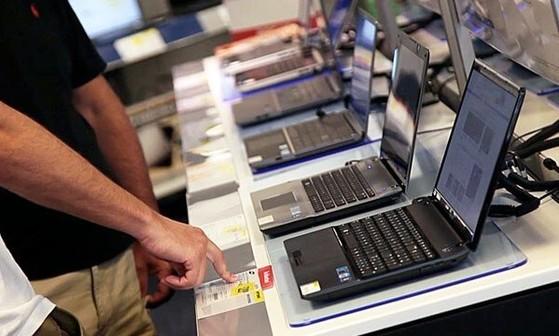 Laptop cũng được giảm mạnh trong mùa tựu trường