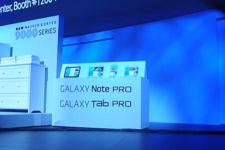 Hai thế hệ Galaxy TabPro và Galaxy Note Pro với 4 phiên bản có các kích cỡ khác nhau.