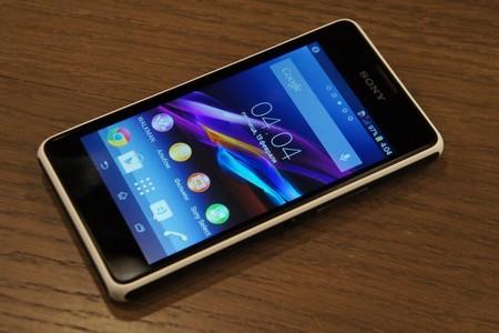 """Loạt smartphone """"hàng hiệu"""" giá rẻ mới và sắp bán tại Việt Nam"""