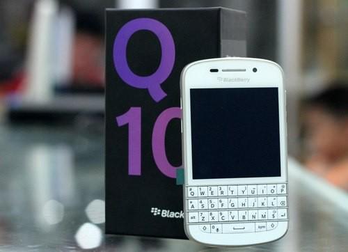 BlackBerry-Q10-White-136961967-5814-2483