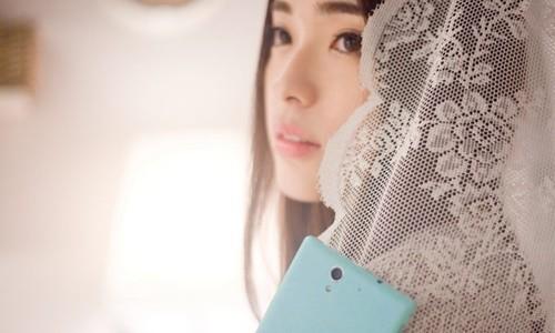 thiếu nữ, smartphone