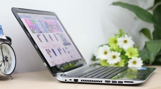 HP Pavilion 15 có cấu hình core i5 phù hợp cho nhiều nhu cầu học hành, giải trí.