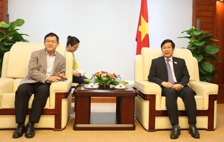Samsung, Thái Nguyên, Bộ trưởng Bộ TT&TT Nguyễn Bắc Son