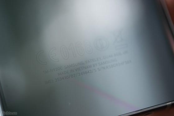 Samsung_Galaxy_Note_5_Silver_bac-13.