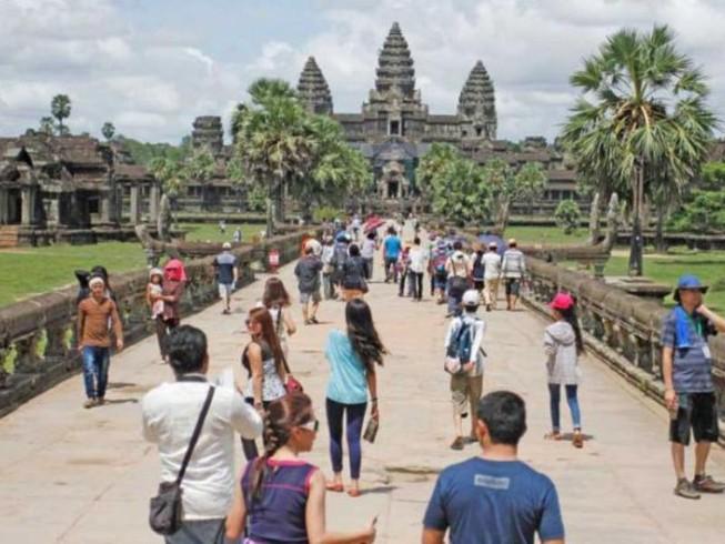 Campuchia lời hơn 100 triệu USD nhờ Angkor Wat