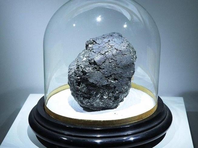 Thiên thạch 4,5 tỉ năm hé lộ nguồn gốc của sự sống