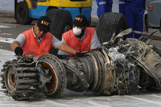 Manh mối quan trọng vụ máy bay Lion Air rơi làm 189 người chết