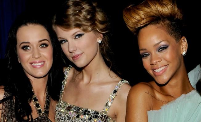 Việt Nam muốn Taylor Swift diễn phải chi 2 triệu USD
