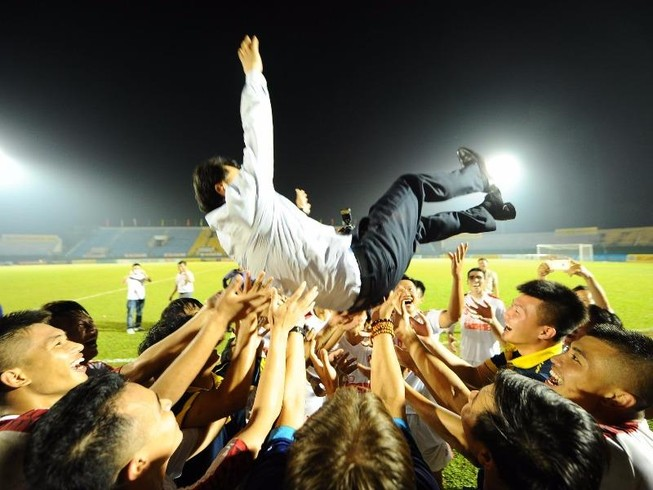 Đánh bại Viettel 3-0, HA Gia Lai lần đầu vô địch