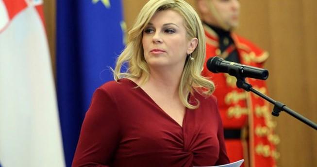 Thủ tướng Medvedev xem Nga - Croatia cùng Tổng thống Kolinda