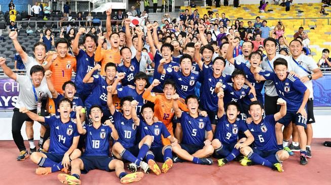 Hạ 'ngựa ô' Tajikistan, Nhật Bản lần thứ ba lên ngôi vô địch