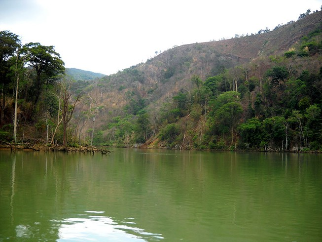 Thương tâm: 4 nữ sinh chết đuối trên sông Sê San