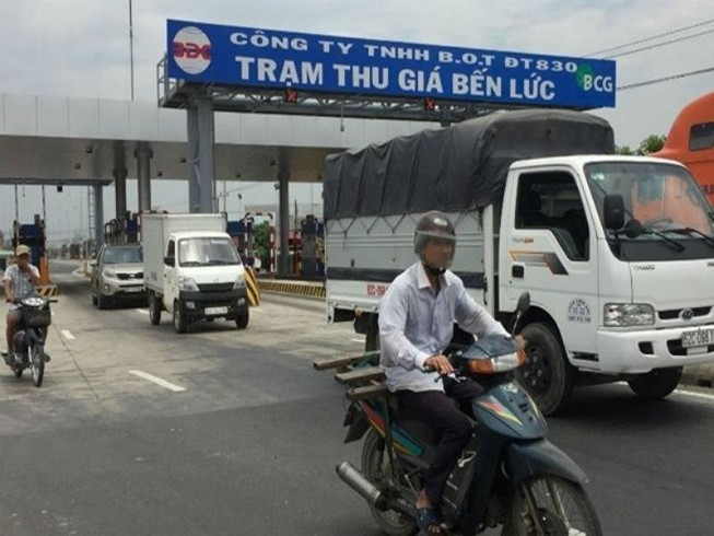 Bộ Giao thông báo cáo về việc chuyển sang 'trạm thu giá'