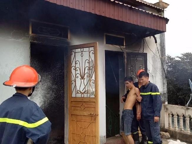 Nam thanh niên đốt nhà nghi do ngáo đá