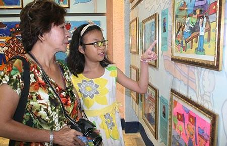 Hơn 320 tác phẩm dự thi vẽ tranh về Bác Tôn
