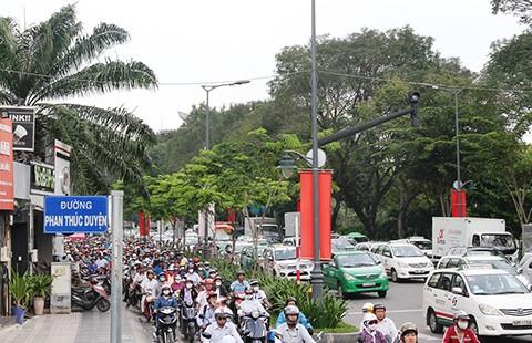 Ba phương án xóa kẹt xe sân bay Tân Sơn Nhất