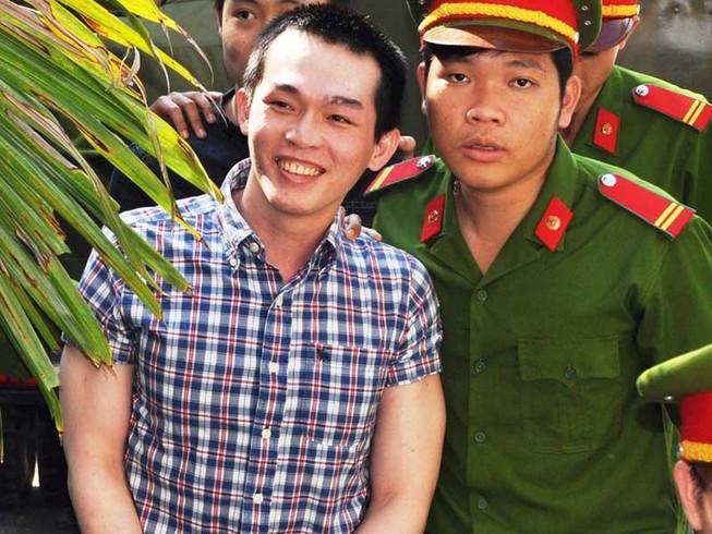 Tranh cãi vụ công an đánh chết học sinh trước giờ xử