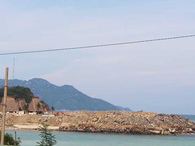 Khắc phục lấp biển Nha Trang kiểu đối phó