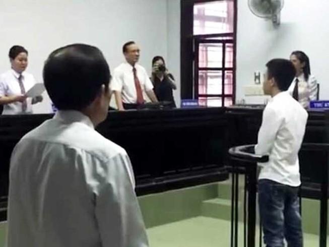 Không cho bị cáo bị truy nã hưởng án treo