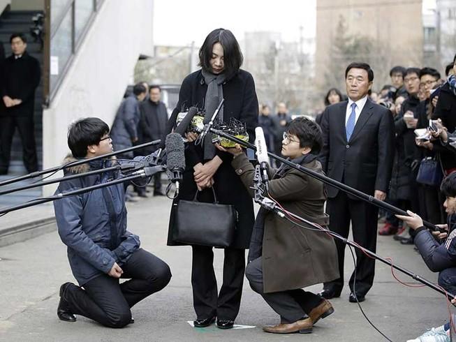 Lý do cả Hàn Quốc nổi giận chỉ vì một chai nước