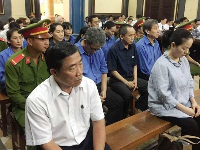 Vụ bà Phấn: Các bị cáo thừa nhận gây thiệt hại hơn 5.200 tỉ