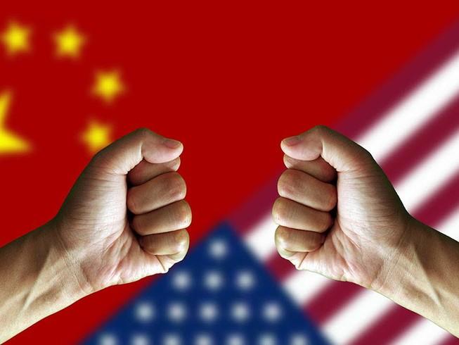 Cuộc chiến thương mại Mỹ-Trung chính thức bắt đầu