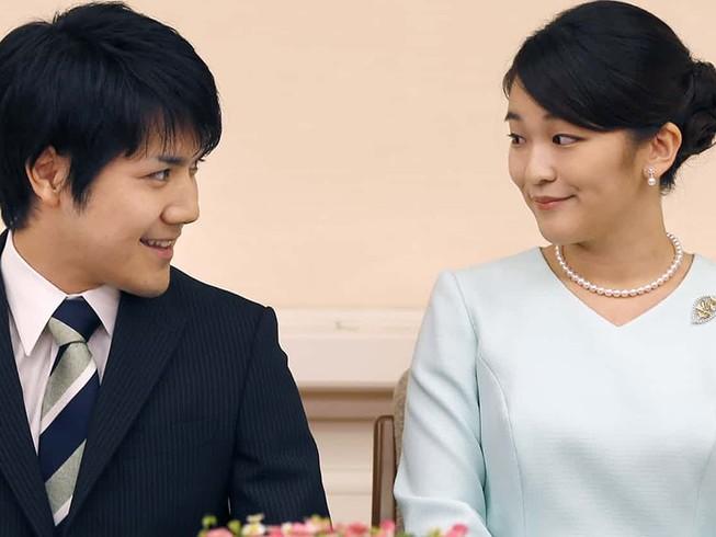 Công chúa Nhật hoãn cưới vì mẹ chồng tương lai mắc nợ