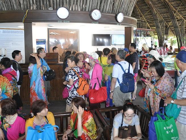 Du lịch Việt Nam-Trung Quốc bắt tay dẹp tour 0 đồng