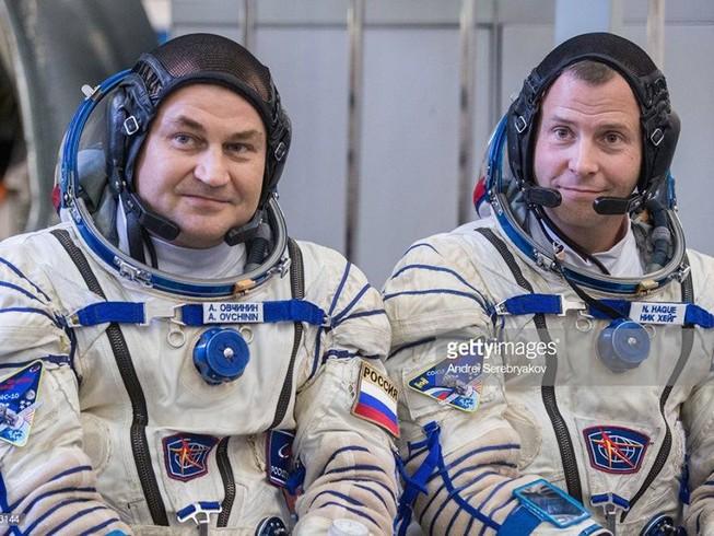 Tàu vũ trụ Soyuz chở phi hành gia Nga-Mỹ gặp sự cố