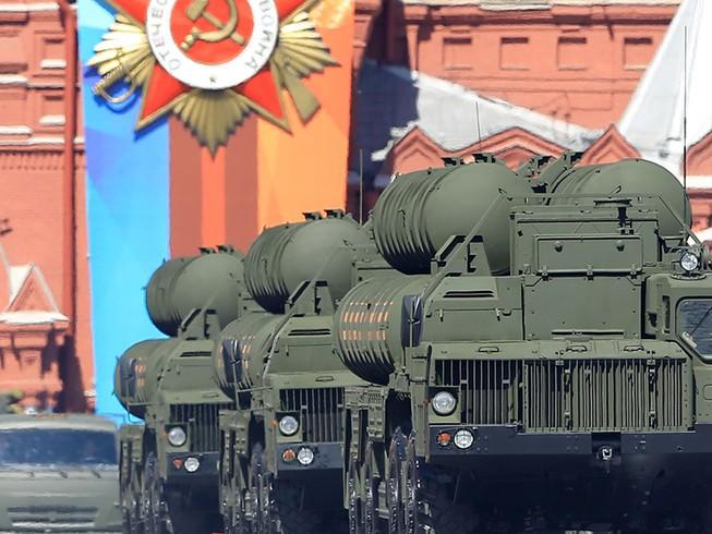Ukraine cảnh báo chiến tranh với Nga