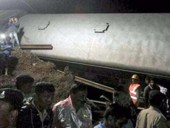 Tai nạn đường sắt thảm khốc tại Ấn Độ