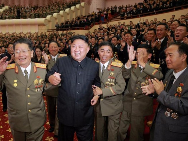 Triều Tiên mở đại tiệc cho các nhà khoa học hạt nhân