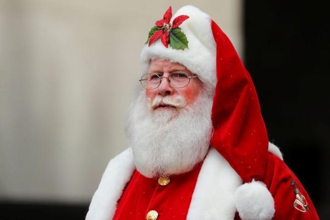 Cô giáo mất việc vì nói ông già Noel không có thật
