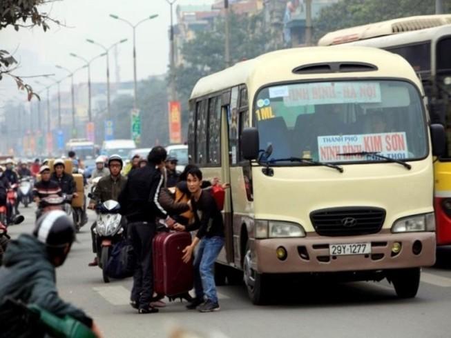 Xử nghiêm nạn xe dù, bến cóc ở Hà Nội và TP.HCM