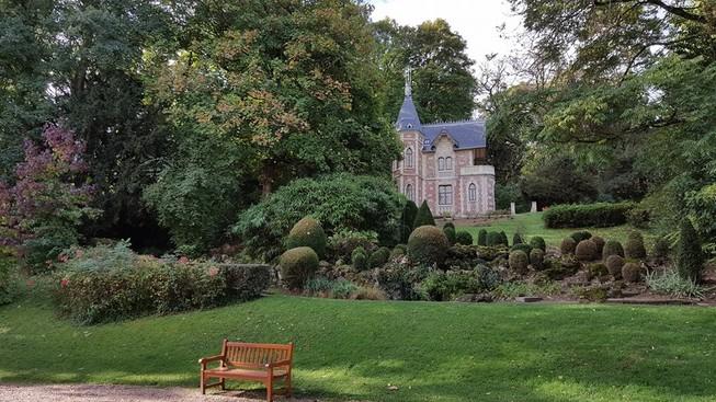 Lâu đài của Alexandre Dumas: Tuyệt tác của cơn điên
