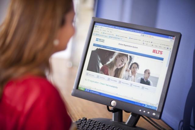 Lần đầu thi IELTS trên máy tính ở Việt Nam
