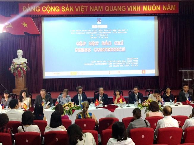 Phim Đức chưa được chiếu tại Việt Nam vì 'chưa thích hợp'