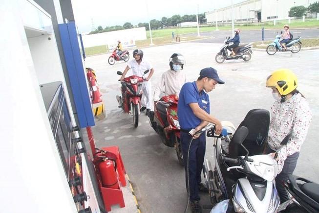 Liên bộ Công Thương-Tài chính giảm giá dầu 5 đồng/lít