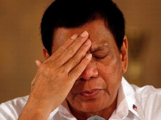 Nghị sĩ Philippines đòi luận tội ông Duterte