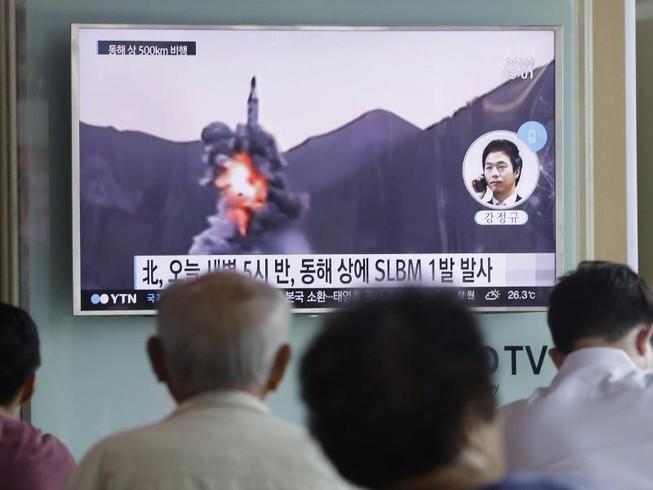 Triều Tiên lên tiếng về vụ phóng tên lửa thất bại