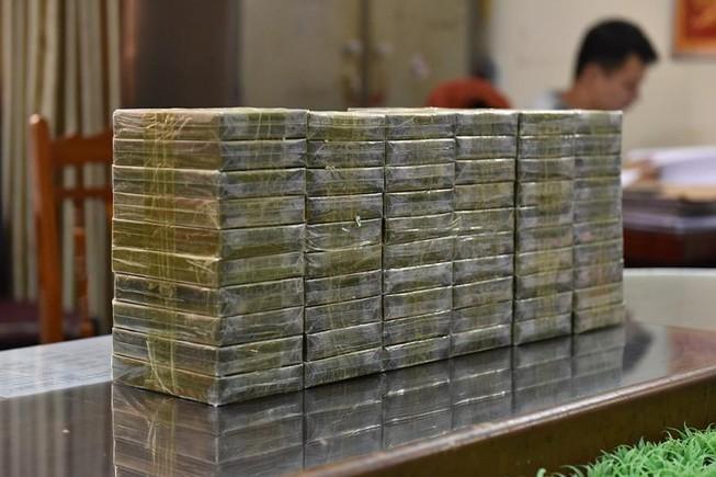 Cảnh sát báo động nạn sản xuất ma túy trong nước