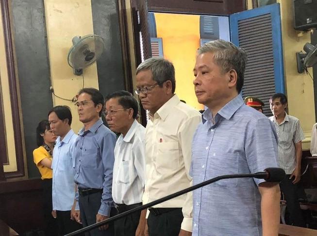 Cựu phó thống đốc NHNN Đặng Thanh Bình lãnh ba năm tù