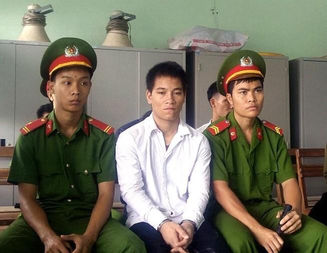 Thanh niên lãnh án nặng vì đánh người rồi trốn khỏi nơi giam