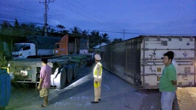 Tông xe liên hoàn ở Tiền Giang, quốc lộ 1A tắc 5 km