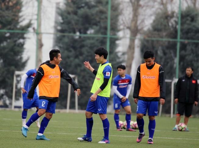 Đội tuyển Việt Nam trên cơ Afghanistan